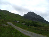 The caseg fraith hut with tryfan in background